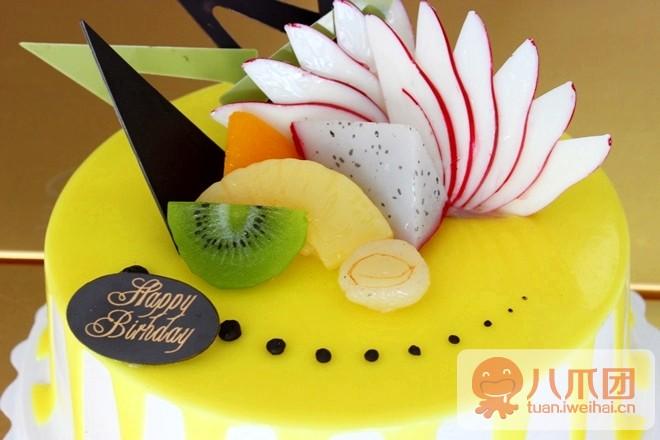 理由3 蛋糕师十多年制作蛋糕手艺,蛋糕图案精美,口味纯正.
