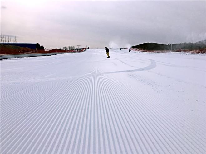 【温泉】 【预售】地中海游乐园儿童三小时滑雪票 78元/人 免预约!