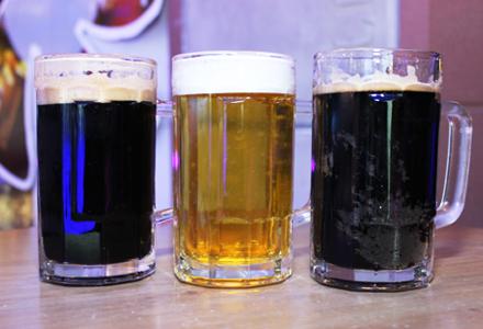 青岛多彩扎啤1杯